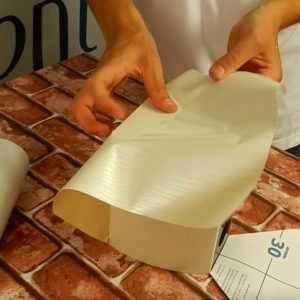 Super Help – 30 minutes of personal support for indoor adhesive film application